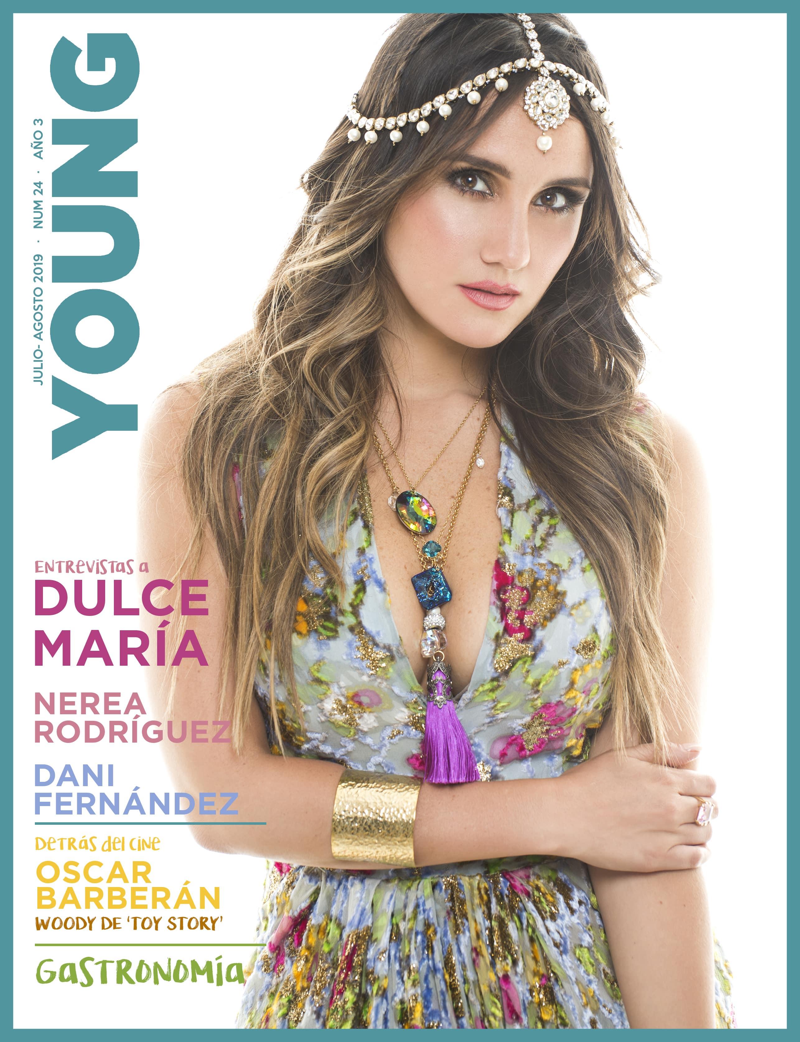 Revista de verano con Dulce María